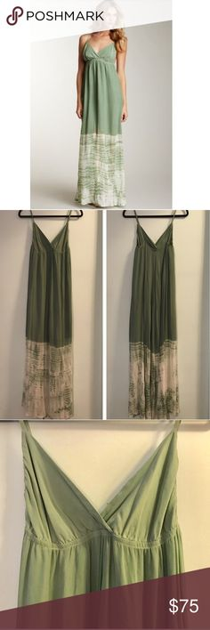 Gypsy 05 SILK green tie dye maxi dress✨medium Gypsy 05  Beautiful silk dress  Green tie dye First picture shows most accurate color (other pics are darker)  Size medium Reposhing bc the top didn't fit me 😩😩😩 Gypsy 05 Dresses Maxi