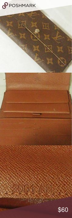 Authentic louis vuitton wallet Aithentic wallet from 2001 ripped needs to ne sewn 6/10 condition Louis Vuitton Bags Wallets