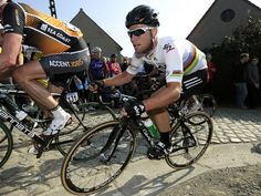 Cav in action on the Belgian cobbles (teamsky.com)
