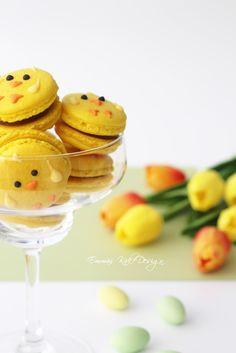 Emmas KakeDesign: Påskekyllingmakroner! Easter Cake Tutorials, Macaron Recipe, Macarons, Panna Cotta, Ethnic Recipes, Food, Dulce De Leche, Eten, Meals