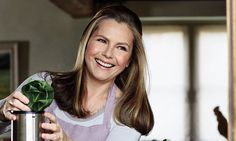 Food for Younger Skin - Food for Younger Skin - Look years younger in SIX weeks: LIZ EARLE reveals her diet trick for radiant skin Younger Skin, Younger Looking Skin, Look Younger, Food For Glowing Skin, Makeup For Older Women, Aging Backwards, Healthy Skin Tips, Happy Healthy, Normal Skin