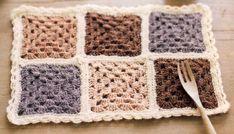 모티브도일리 / 코바늘 사각모티브 도일리뜨기 Krispie Treats, Rice Krispies, Blanket, Crochet, Ganchillo, Blankets, Rice Krispie Treats, Cover, Crocheting