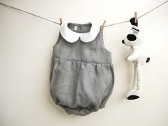 Baby girl romper in pure grey linen with white peter pan collar size 24 months