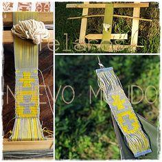 Mapuche Loom, complementary warp. Attempted textile jewel. /// Telar Mapuche, urdimbre complementaria. Intento de joya textil. Textiles, Bird Feeders, Chile, Jewel, Weaving, Cross Stitch, Outdoor Decor, Tapestries, Weaving Looms