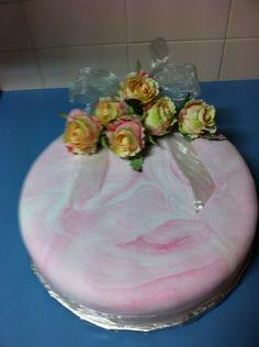 Iced fruit cake