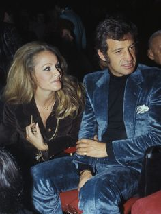 Ursula Andress and Jean-Paul Belmondo. Photographed by Giancarlo Botti, Ursula Andress, Old Movies, Vintage Movies, Francis Huster, Men's Style Icons, Robert Hossein, Claude Lelouch, Album Vintage, Laura Antonelli
