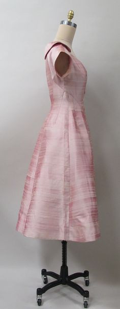 Cocktail dress Charles James (American, born Great Britain, 1906–1978) Date: 1957 Culture: American Medium: silk. Sideway