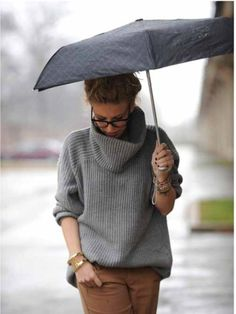 Caramel and grey. Via Elle Spain