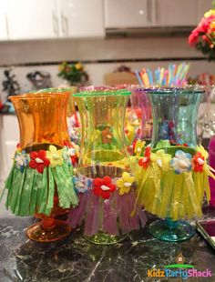 Lanterns and Hula Skirts for a 18th Birthday Party | CatchMyParty.com