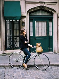 Bicycle Street Style: Dog Days - Eleanor's | Stylish Bicycle Accessories for Ladies