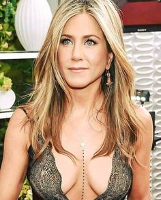 Jennifer Aniston I would lick them like a little Baby boy give me some warm milk from your Big Juice Boobs Mama Jennifer Aniston Jennifer Aniston Horrible Bosses, Jennifer Aniston Legs, Jennifer Aniston Pictures, Beautiful Celebrities, Beautiful Actresses, Gorgeous Women, Jeniffer Aniston, Brad Pitt, Hollywood Actresses