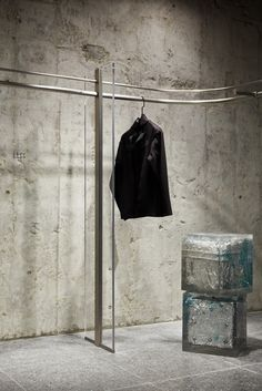 Hong Kong: The Fashion Door store opening – superfuture © Leaping Creative Merchandising Displays, Store Displays, Retail Displays, Retail Store Design, Retail Shop, Window Display Retail, Window Displays, Dark Curtains, Exposed Concrete