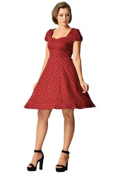 Claudia Flirty Fifties Polka Dot Dress in Burgundy/Black If you love vintage swing dresses then this is made for you! Create your own classic pin up girl silhouette with our elegant retro polka dot dress. The dress has an adorable style sweethe Vintage Inspired Fashion, Retro Fashion, Girl Silhouette, Swing Skirt, Fitted Bodice, Vintage Tops, Pin Up Girls, Polka Dots, Dot Dress