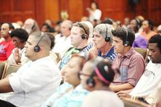 Audiences are listening to Man Hee Lee's lecture attentively. (15 December 2012, Open Bible Seminar in Cape Town)