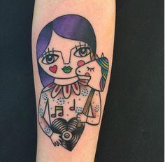 Muitas cores e criatividade inspiram a italiana Amanda Toy a criar suas tatuagens lúdicas: http://followthecolours.com.br/tattoo-friday/amanda-toy-estilo-autoral-ludico-e-imaginacao-ilimitada-na-pele/