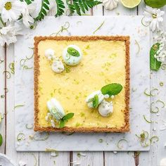 Lemon Pie! Few ingredients but unique taste! Here is an authentic, simple and genuine tart, with a friable crust. Find out the recipe on www.decora.it #lemonpie#lemontart #lemon#lime#limepie #limetart #cakes#dessert#decora#cookies#cakeart#dolci#decoration #foodblogger#nice#delicious #deliciosos