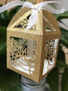 Gold Wedding Favors, Wedding Favor Boxes, Wedding Candy, Wedding Gifts, Favour Boxes, Party Wedding, Garden Wedding, Wedding Reception, Ribbon Wedding