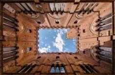 Symmetrie in winnende architectuurfoto