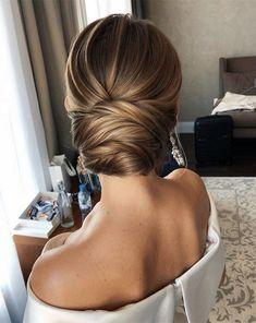 Low Bun Wedding Hair, Wedding Hair And Makeup, Wedding Updo, Classic Wedding Hair, Classic Hairstyles, Bride Hairstyles, Elegant Wedding Hairstyles, 1940s Hairstyles, Celebrity Hairstyles