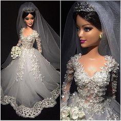 ⚜Lu Galantini ⚜ #replicas #sammurakammi #debutantesdeluxo #noivasdeluxo #hautecouture #altacostura #dolls #weddingdolls #barbie #barbienoiva #barbiestyle #barbiebride #cerimonial #weddingplanner #weddingphotography #fotografiadecasamento #art #glam #fabulous #love #dreams #artesanal #feitoamao #handmade #love #sougrato #TksGod