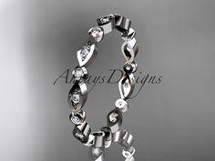 14k white gold diamond leaf and vine wedding bandengagement