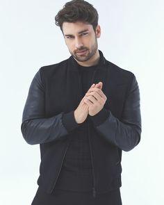 Turkish Men, Turkish Beauty, Turkish Actors, Yahiko Naruto, Alina Boz, Vogue Men, Evolution T Shirt, Best Series, Mens Clothing Styles