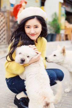 Cute Girl Poses, Girl Photo Poses, Cute Girls, Pretty Girls, Korean Girl Photo, Cute Korean Girl, Beautiful Chinese Girl, Beautiful Girl Image, Stylish Girls Photos