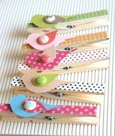 Washi Tape Gifts / Regalos (ventas for the tapes) by mvaleria Fun Crafts, Diy And Crafts, Crafts For Kids, Arts And Crafts, Paper Crafts, Diy Projects To Try, Craft Projects, Clothes Pegs, Craft Show Ideas