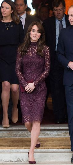 More perfection from Kate Middleton, who stepped out at Lancaster House today in a maroon lace Dolce & Gabbana dress. Click for more info on her outfit!
