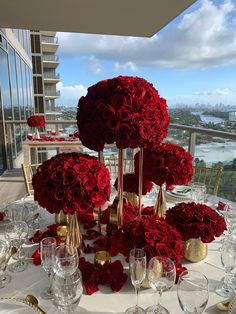 Red Wedding Decorations, Wedding Themes, Red Wedding Receptions, Red Wedding Centerpieces, Quince Decorations, Wedding Goals, Our Wedding, Dream Wedding, Wedding Stage