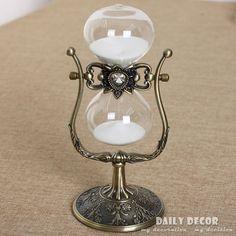 30cm Rotating hourglass 1 hour hourglass metal antique 60 minutes Flip sand timer Reloj de arena temporizador da areia Ampulheta(China (Mainland))