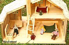 Little House Prairie Dollhouse Playset Family por FunnyFarmToyBarn