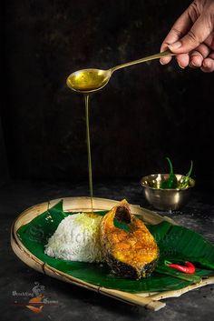 Ilish Mach Bhaja'r Tel Bhat HIlsa Fry Recipe Video