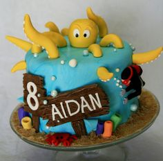 this would be such a cute bday cake for an 8 year old. especially if the ends of the tentacles could be the candles! Ocean Cakes, Beach Cakes, Little Boy Cakes, Cakes For Boys, Octopus Cake, Nautical Cake, Animal Cakes, Specialty Cakes, Novelty Cakes