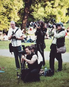 Großes Kino: Fotografieren fotografieren beim WGT - gerade noch in Lightroom morgen bei Bento . . . #Nerds #WGT #WaveGotikTreffen #Leipzig #wgt2017 #ClaraPark #Park #Nature #photography #Paparazzi #Festival #Summer #Lightroom #Photoshooting #Wtf #Yolo #Fun #Work #Wanderlust #Journalism #Moment #fromwhereistand #lieblingsleipzig #thisisleipzig #photooftheday
