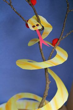 Curly pet snake.  Start with a paper plate. Something for the kids to make ahead of time to help decorate.