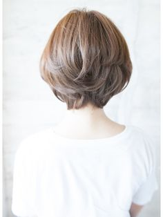 Pin on ヘアカタログ Pin on ヘアカタログ Medium Hair Styles, Curly Hair Styles, Shot Hair Styles, Hair Arrange, Hair Images, Love Hair, Layered Hair, Hair Day, Bob Hairstyles