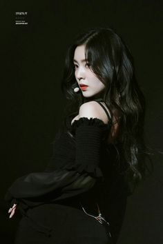 Find images and videos about kpop, text and red velvet on We Heart It - the app to get lost in what you love. Irene Red Velvet, Black Velvet, Velvet Style, Mode Ulzzang, Ulzzang Girl, Seulgi, Kpop Girl Groups, Kpop Girls, Snsd