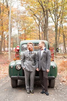 Autumn wedding inspiration at Cedar Lakes | Photo by Mikkel Paige | Read more -  http://www.100layercake.com/blog/?p=82086