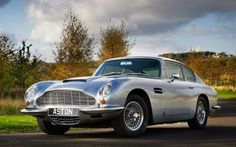 Aston Martin DB6. You can download this image in resolution 2048x1536 having visited our website. Вы можете скачать данное изображение в разрешении 2048x1536 c нашего сайта.