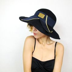 25 OFF SALE Superchic Horse Race Fabulous Hat by honeymoonmuse, $18.00