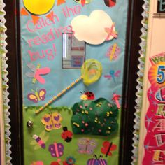 Classroom door Classroom Wall Decor, Classroom Door, Kindergarten Classroom, Class Door, School Doors, Preschool Alphabet, Teaching, Door Ideas, School Stuff