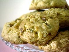Oatmeal Date Spice Cookies