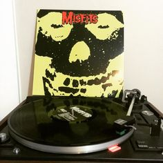 Went on a tear last week and picked up a bunch of punk albums including this beast. Misfits-Collection 1. Thanks to Fréquences le Disquaire out in Quebec for this order. Such a heavy linup of incredible horror punk all in one place. #Misfits #TeenagersFromMars #WhereEaglesDare #AstroZombies #DieDieMyDarling #HorrorPunk #Vinyl #Records #VinylCollector #VinylCollection #VinylJunkie #NowSpinning #InstaVinyl by thirty3rpm