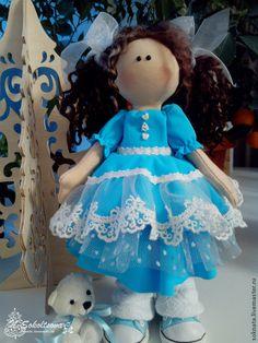 Купить Маленькая Снежка - бирюзовый, Снежка, большеголовая девочка, снежка с кудряжками, куколка в голубом, с хвостиками