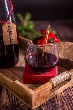 Hafírovica   CrispyWorld Red Wine, Ale, Alcoholic Drinks, Glass, Food, Syrup, Drinkware, Ale Beer, Corning Glass