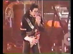 Michael Jackson - Jam & Wanna Be Startin' Somethin' (Live In Japan,Fukuoka,Dangerous Michael Jackson Jam, Fukuoka, Elizabeth Taylor, The Creator, Tours, Japan, Concert, Youtube, Golf