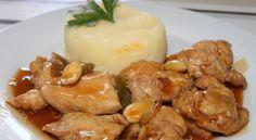 Esta deliciosa receta es muy fácil de preparar, ideal para cualquier ocasión. INGREDIENTES (Porción: 4 personas) – 2 muslos de