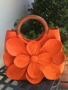 different color though Orange You Glad, Orange Is The New, Orange Flowers, Orange Color, Orange Handbag, Bold Colors, Color Tones, Orange Aesthetic, Orange Crush