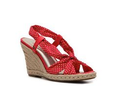 I. Need. These. Shoes.  And a sundress to go with them.